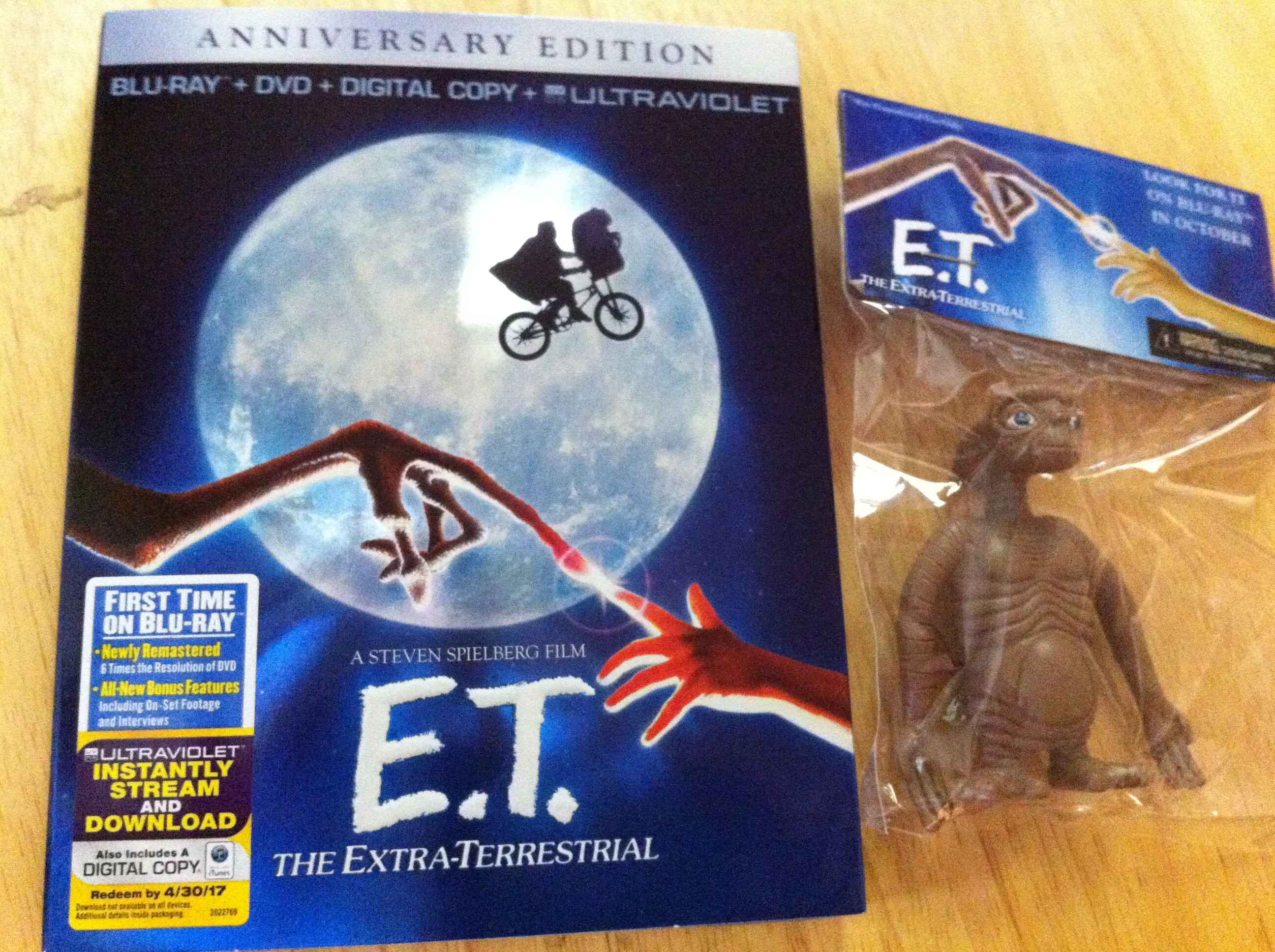 e.t. the extra terrestrial bluray box