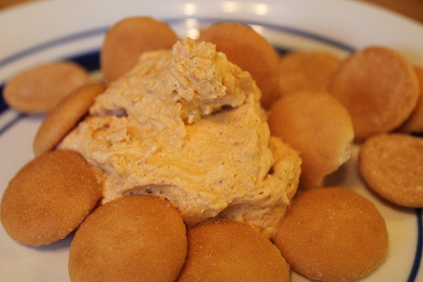 pumpkin fluff dip with mini nilla wafers