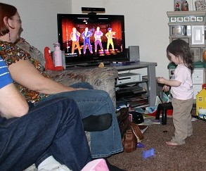 playing just dance 4