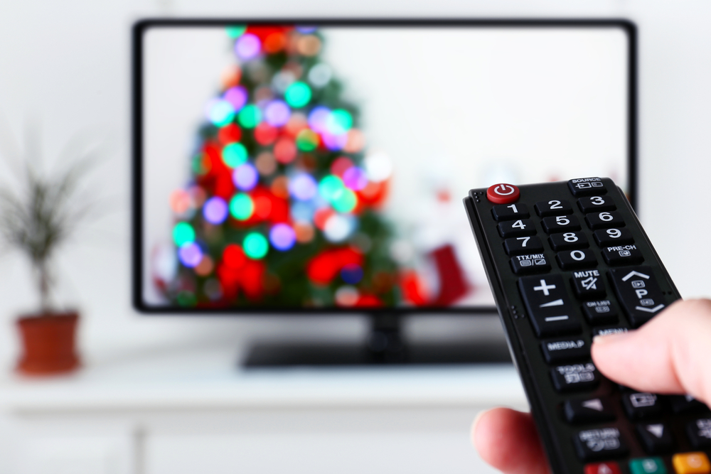 Planning a holiday movie night? Pour the hot chocolate, grab some snacks, and watch one of these 10 funny holiday movies to get you in the Christmas spirit. Most suggestions are family friendly!