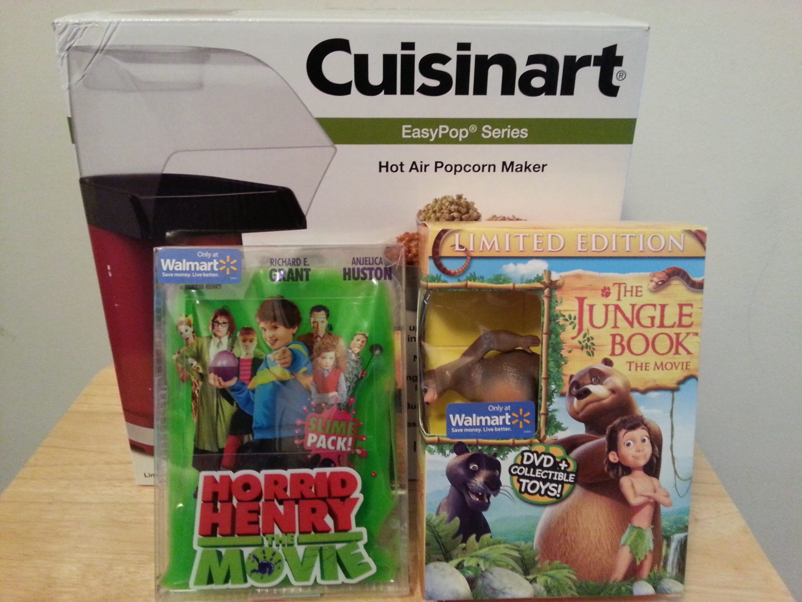 items for family movie night