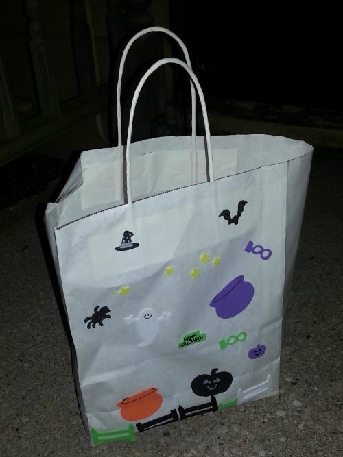 Hobgoblin Boo bag on porch #shop