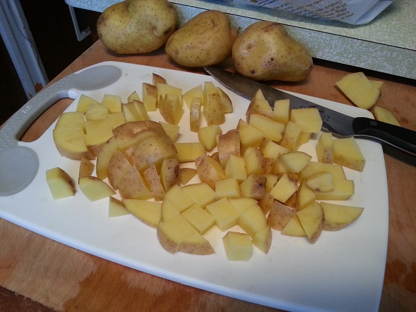 Chopped yellow potatoes