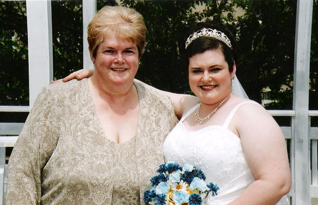 Wedding picture of Darcy and her mother.