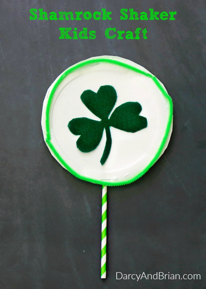 This Shamrock Shaker kids craft idea is perfect for St. Patrick's Day!