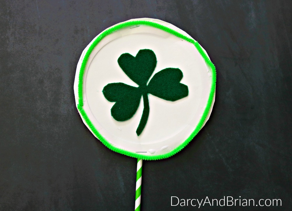 Get creative with a few simple craft supplies and make this kids craft St. Patrick's Day Shamrock Shaker!