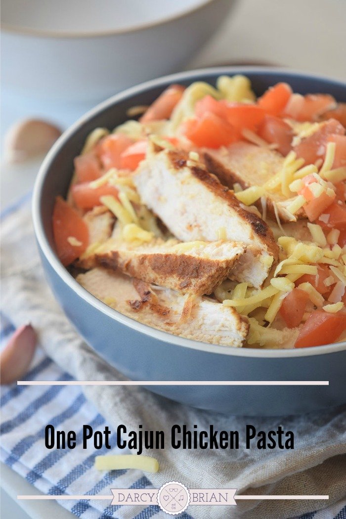 Looking for quick and easy meals to serve your family? This Cajun Chicken Pasta Recipe is an easy One Pot Meal that is ideal for your meal plan! With great flavors and minimal cleanup it's sure to be a favorite dinner recipe.