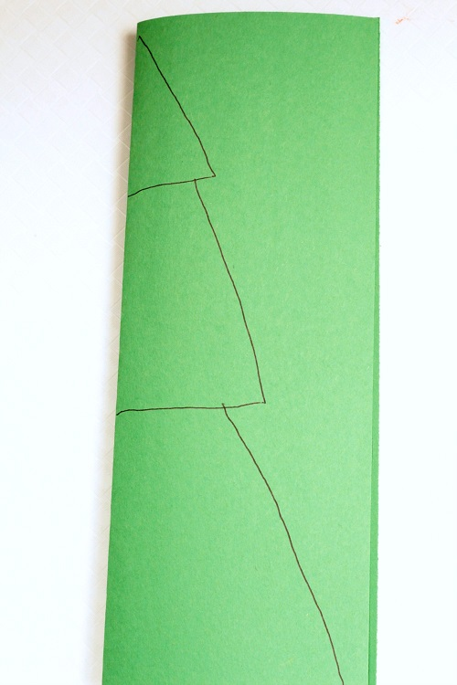 Making a Christmas tree craft with kids