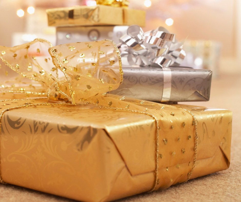 Lessen your holiday stress with these tips on how to get ready for Christmas early.