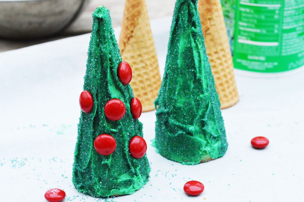 Edible Gingerbread Christmas Tree Decorations : Edible christmas craft for kids tree cones