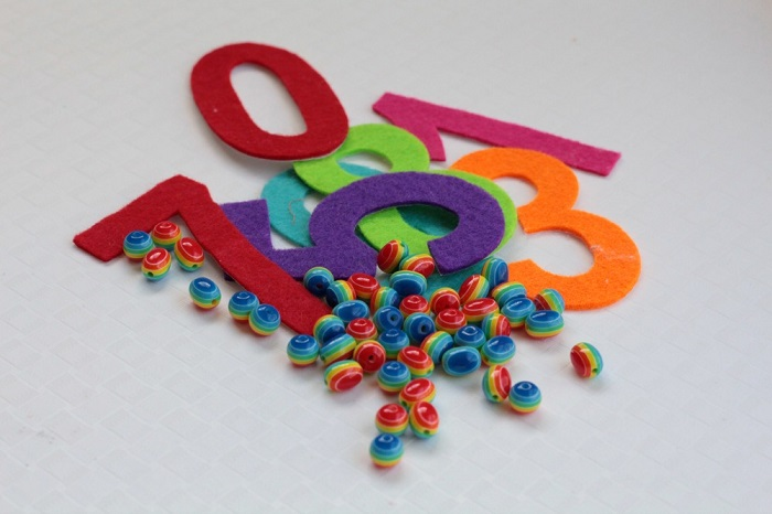 Supplies for rainbow counting activity