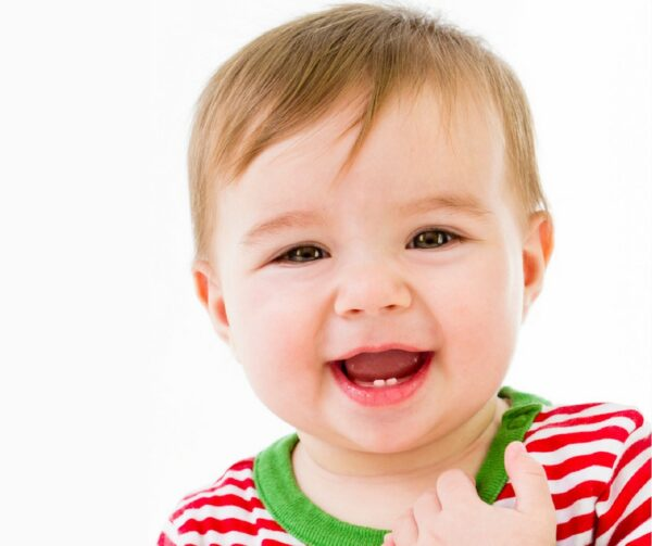 Is your baby teething yet? Did you know good baby dental care starts early? Check out these dental cleaning tips for babies to keep their gums and teeth healthy. Great tips for new parents.
