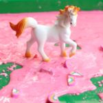 Looking for a fun learning activity for kids? Engage their senses with this magical unicorn sensory bin plus oobleck recipe. Great science experiment for preschool and kindergarten children!