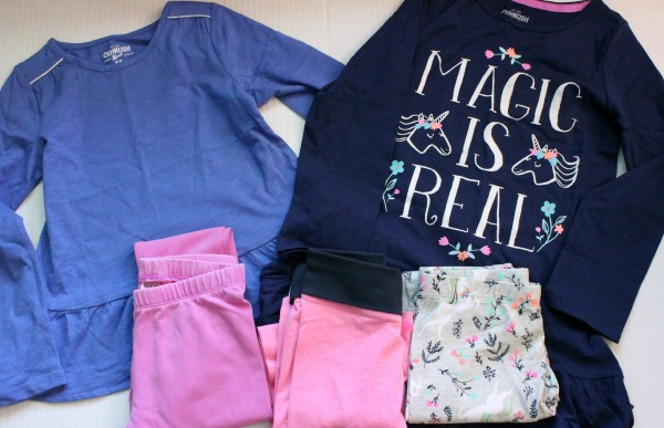 Love these back to school styles for kids! Looking for stylish back to school kids clothes? Check out this clothing haul plus outfit ideas for young girls and boys. Features cute and affordable kids fashion for first grade girls.