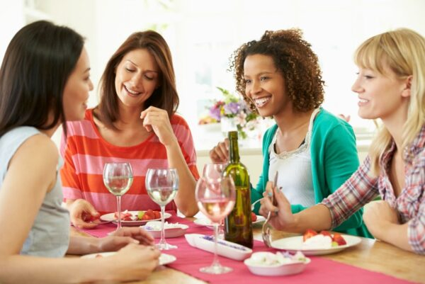 Suggestions for what to do for a ladies night or moms night in.
