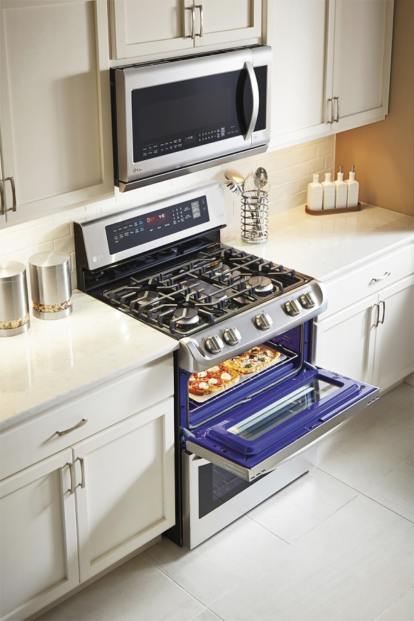LG Double Oven for baking and cooking for the holidays