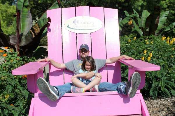 Big pink chair photo opp at Rotary Botanical Gardens