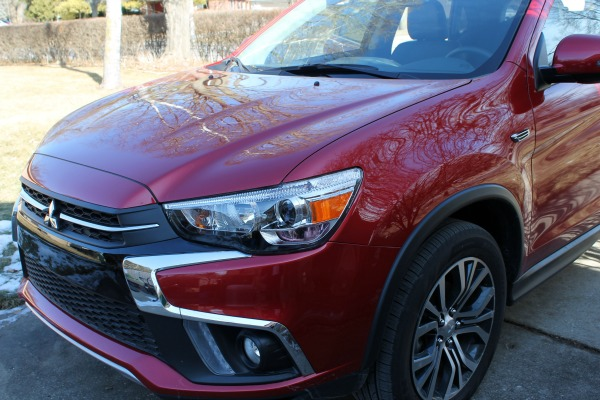 Using a portable booster in the 2018 Mitsubishi Outlander