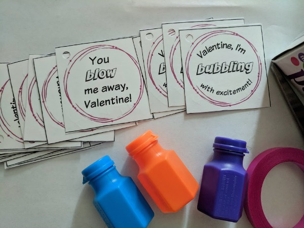 Fun bubbles valentines for preschool