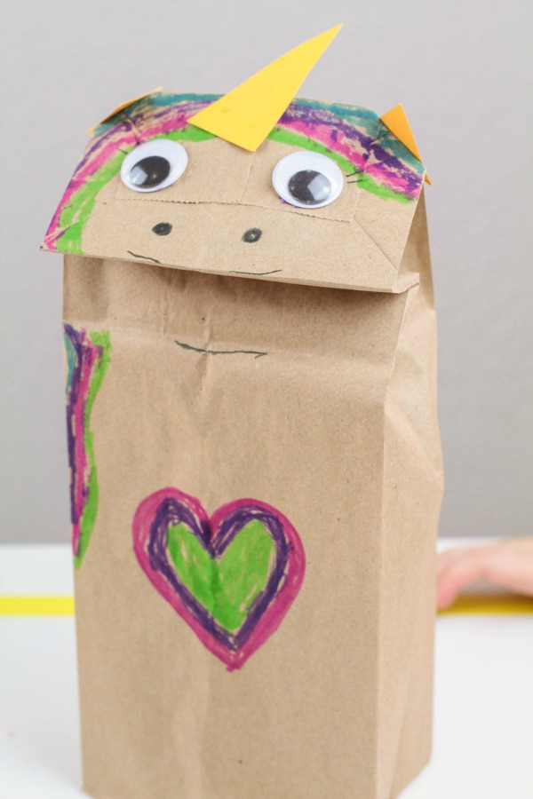 How to make a unicorn puppet using a paper lunch bag.