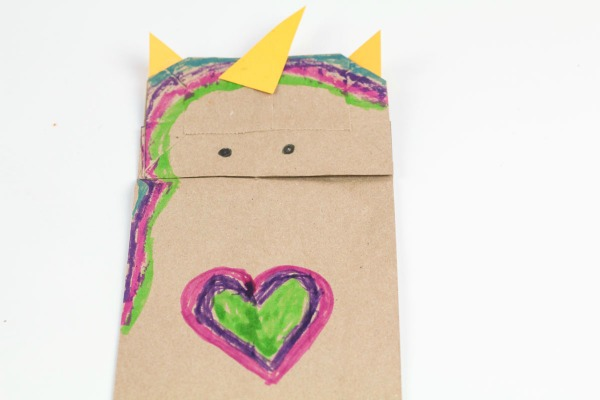 How to make a paper bag unicorn puppet craft for preschoolers