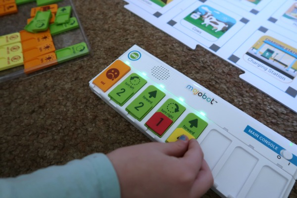 Child placing coding tags in Mojobot console