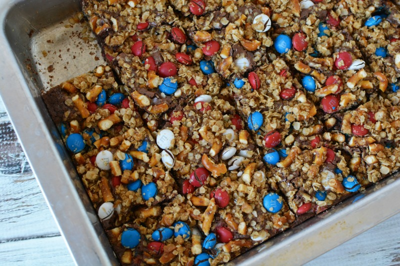 Finished patriotic pretzel m&m brownies in baking pan