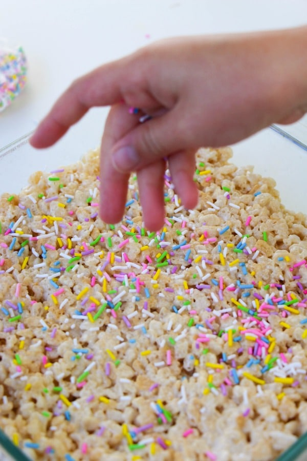 When to add sprinkles to unicorn rice crispy treats