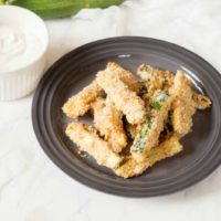 Baked Zucchini Fries with Creamy Garlic Dip