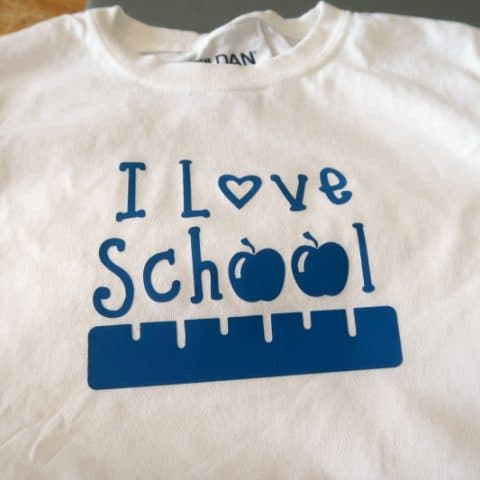 I Love School T-Shirt Cricut Tutorial